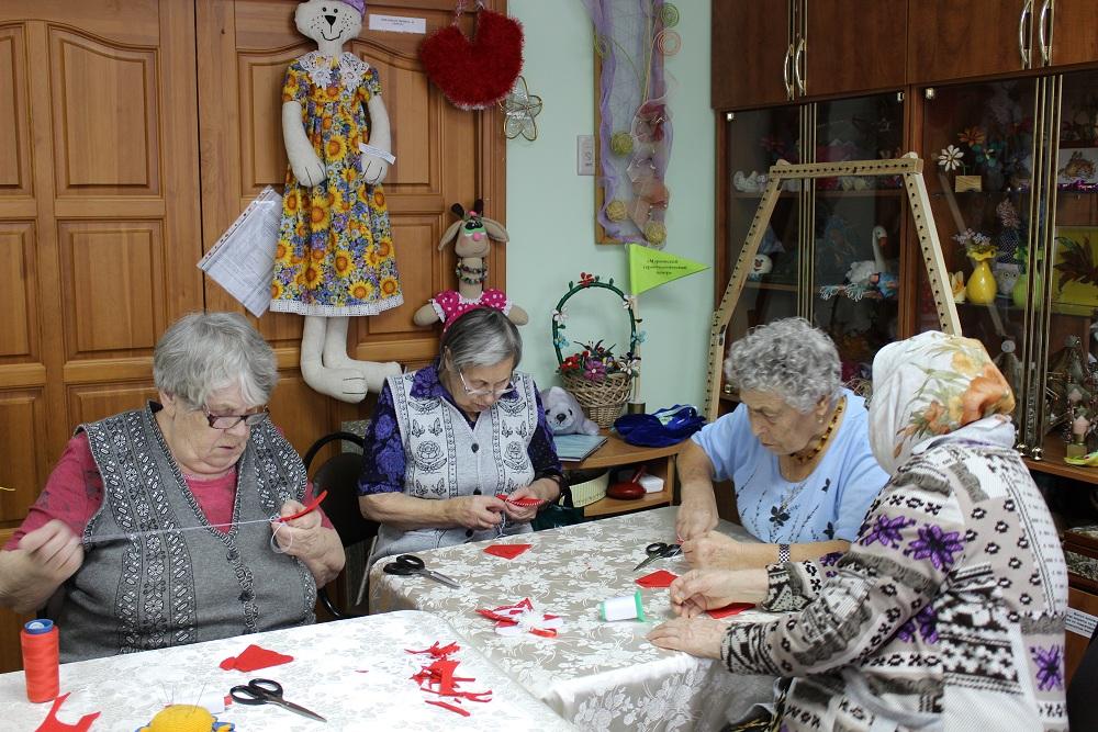 Вышивка для пожилых людей 14